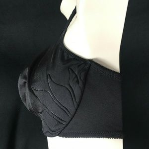 Bali Intimates & Sleepwear - Bali 40DD Black Natural Lift & Shape Bra